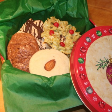 Holiday cookies, Cookie tin, Holiday gifts