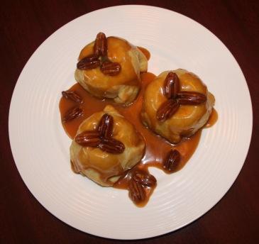 Baked apples, caramel, caramel sauce, Brisse dough
